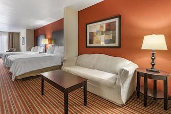 Suite, 2 Queen Beds, Accessible (Comm, Mobil Tub)