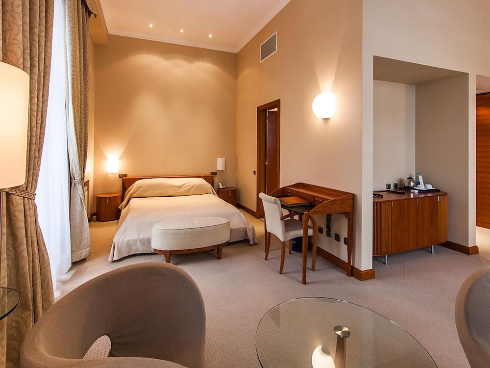 Отель «Премьер Палас»