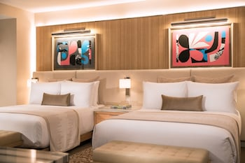 Resort Room 2 Queen Beds (Newly Renovated)