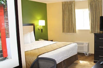 Guestroom at Extended Stay America - Chesapeake - Churchland Blvd. in Chesapeake