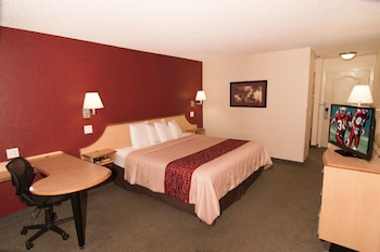Hotel - Red Roof Inn & Suites Pensacola East - Milton