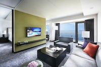 Junior Suite, Ocean View (Main Build, Adult Only, Lounge access)