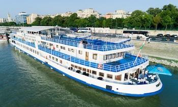 Fortuna Boat