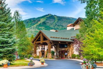 EagleRidge Lodge & Townhomes by Steamboat Resorts