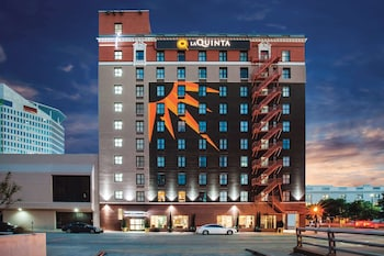 Hotel - La Quinta Inn & Suites by Wyndham Dallas Downtown