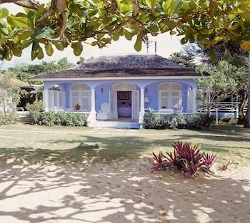 Cottage (Blue)