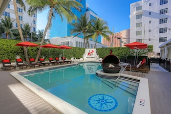 Hotel - Red South Beach