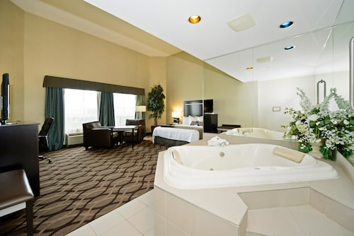 Best Western Plus Travel Hotel Toronto Airport, Toronto