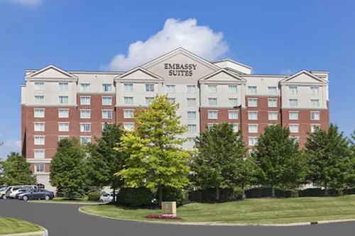 . Embassy Suites Cleveland Rockside