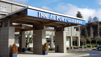 Inn At Port Gardner photo
