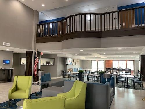 . Best Western Plus McAllen Airport Hotel