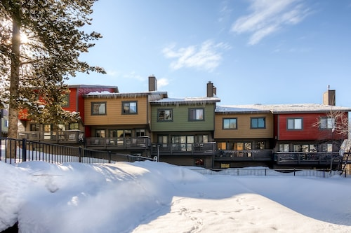 Waterford Townhomes by Steamboat Resorts, Routt