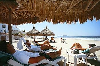 Hotel - Costa Bonita Condominium & Beach Resort