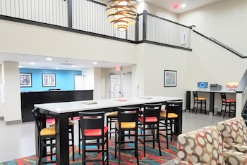 Lobby at Hawthorn Suites by Wyndham Irving DFW South in Irving