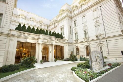 . Grand Hotel Continental
