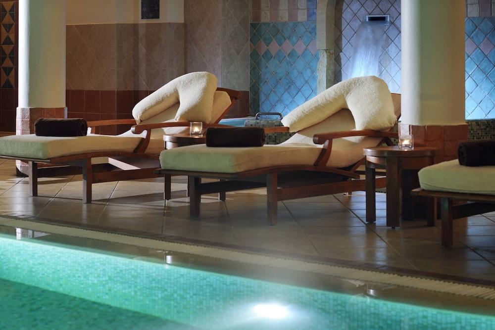 https://i.travelapi.com/hotels/1000000/800000/797200/797196/10bc7e4e_z.jpg