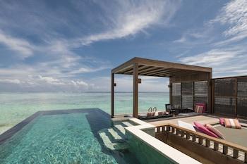 Hotel - Four Seasons Maldives At Kuda Huraa