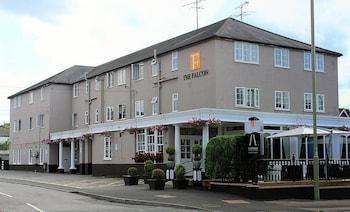 Hotel - The Falcon Hotel