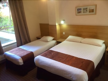 ウエスト クロムウェル ホテル