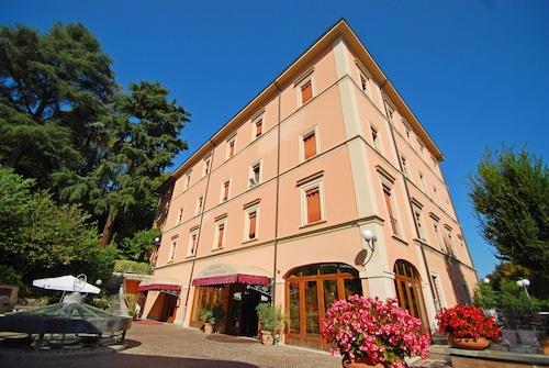 __{offers.Best_flights}__ Alla Rocca Hotel
