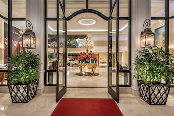 Hotel - Beverly Hills Plaza Hotel & Spa