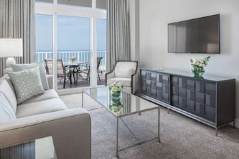 Suite, 1 Bedroom Full Gulf View