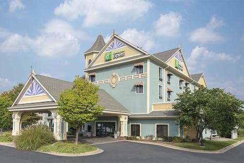 . Holiday Inn Express Holland, an IHG Hotel
