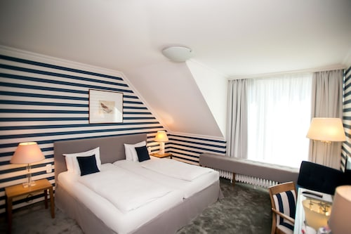 Ambra Hotel, Budapesti