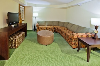 Holiday Inn Express Hotel & Suites Greenville - Featured Image  - #0