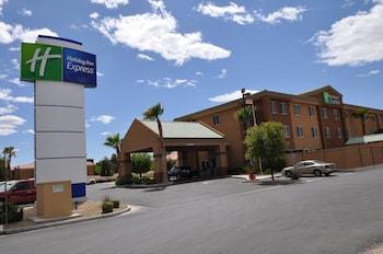 拉斯維加斯尼爾利斯快捷假日飯店 Holiday Inn Express Las Vegas-Nellis, an IHG Hotel