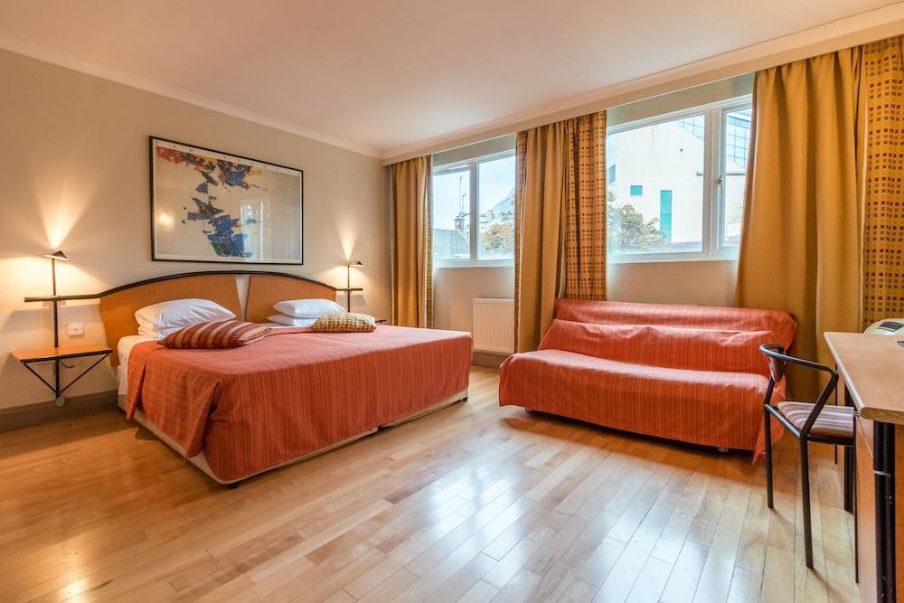 ラ レゼルヴ ホテル