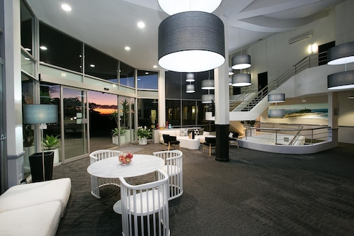 Best Western Plus Apollo International Hotel, Lake Macquarie  - North