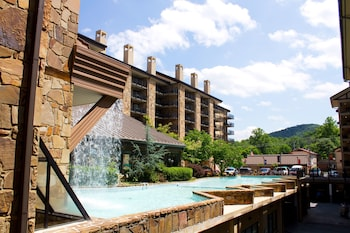 Hotel - Gatlinburg Town Square by Exploria Resorts