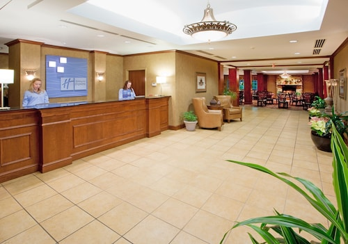 Holiday Inn Express And Suites, Washington