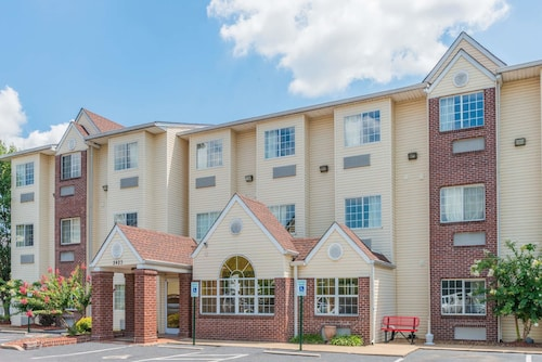 Microtel Inn & Suites by Wyndham Cordova/Memphis/By Wolfchas, Shelby