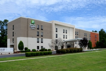 Holiday Inn Express Hotel and Suites Research Triangle Park
