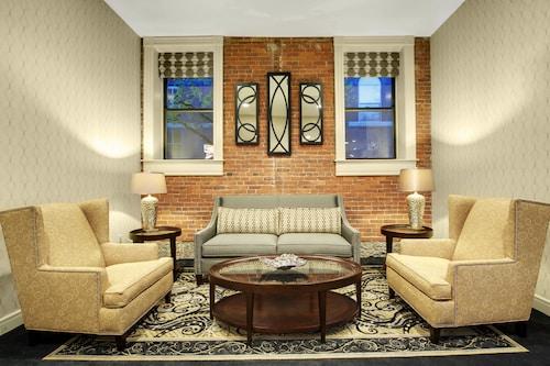 . Fairfield Inn & Suites by Marriott Keene Downtown
