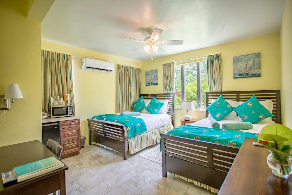 https://i.travelapi.com/hotels/1000000/810000/803300/803227/c0b4a965_z.jpg