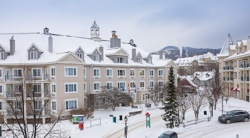 . Holiday Inn Express and Suites Tremblant, an IHG Hotel