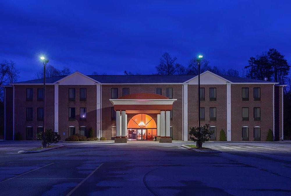페어브리지 인 익스프레스 휘틀리 시티(FairBridge Inn Express Whitley City) Hotel Image 0 - Featured Image
