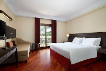 Superior Room, 1 King Bed with Sofa bed, Balcony