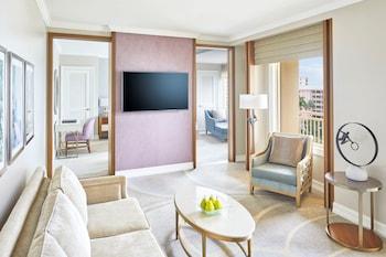 Club Suite, 1 Bedroom, Balcony, Resort View