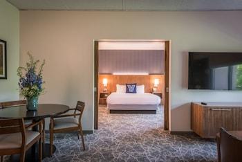Guestroom at The Inn at Villanova University in Wayne