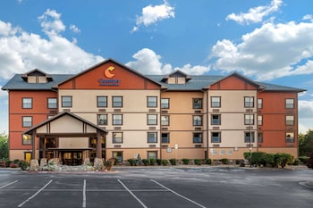 布蘭森梅多斯凱富套房飯店 Comfort Inn & Suites Branson Meadows