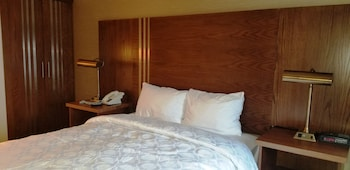 Hotel - Baymont by Wyndham Montreal Airport
