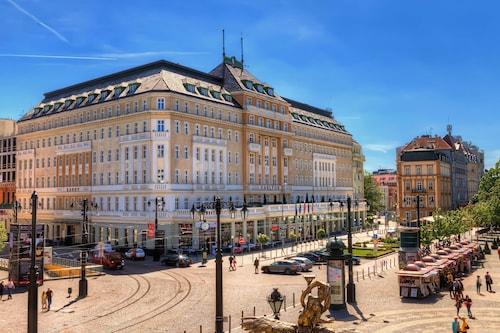 . Radisson Blu Carlton Hotel, Bratislava