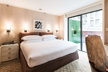 Luxury Room, 1 Queen Bed