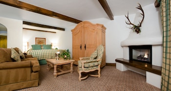 Blue Spruce Junior Suite 1 King