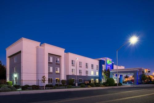 . Holiday Inn Express Stockton Southeast, an IHG Hotel