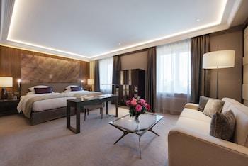 Deluxe Room, 2 Twin Beds (Opera)